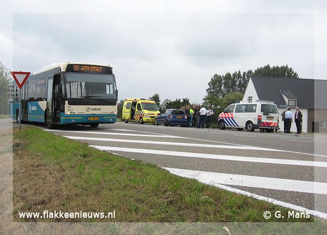 Foto behorende bij Aanrijding met lijnbus en personenwagen