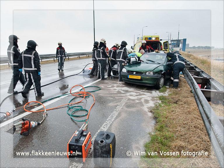 Foto behorende bij Drie gewonden bij ongeval N57