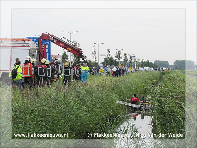 Foto behorende bij Auto te water Zuidelijke Randweg Middelharnis