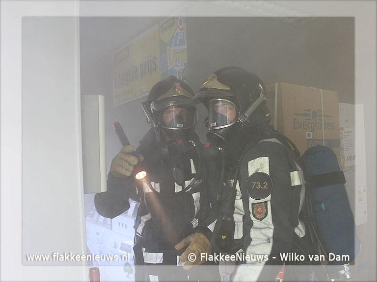 Foto behorende bij Brandweer rukt uit voor rookbom