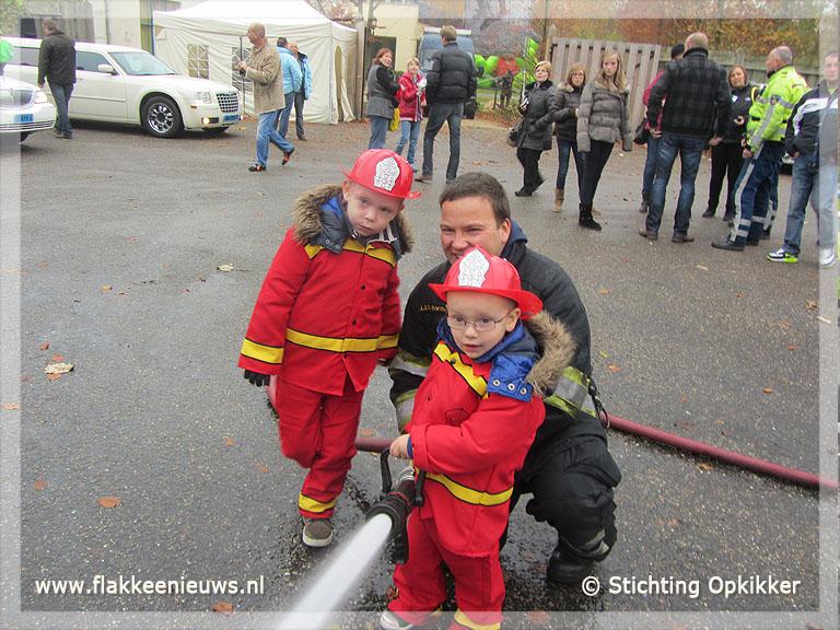 Foto behorende bij Brandweerdiploma voor Sem (5) tijdens Opkikkerdag