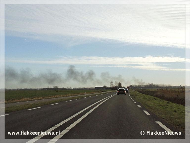 Foto behorende bij Frietwagen in Oude-Tonge uitgebrand