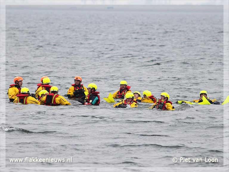 Foto behorende bij Brandweer Oude-Tonge huldigt jubilarissen