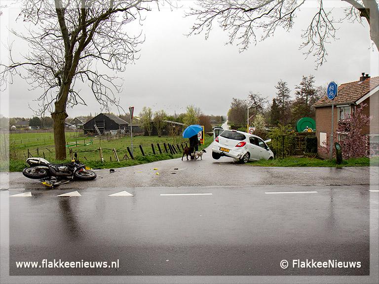 Foto behorende bij Twee gewonden bij aanrijding Sommelsdijk
