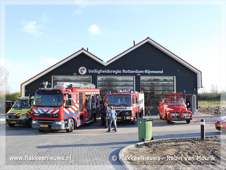Foto behorende bij VRR-kazerne Goedereede officieel geopend