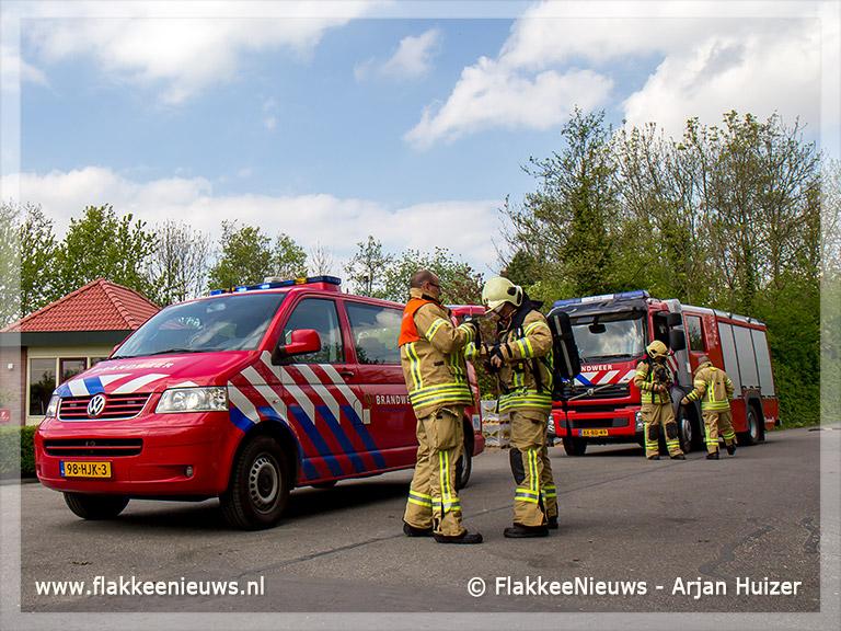 Foto behorende bij Brandweer assisteert bij chloorlekkage