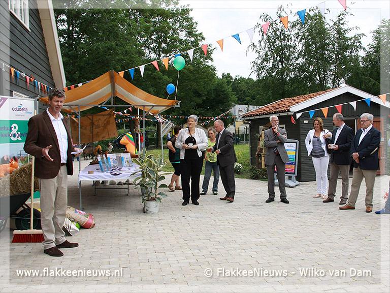 Foto behorende bij Kinderboerderij Hernesseroord feestelijk geopend