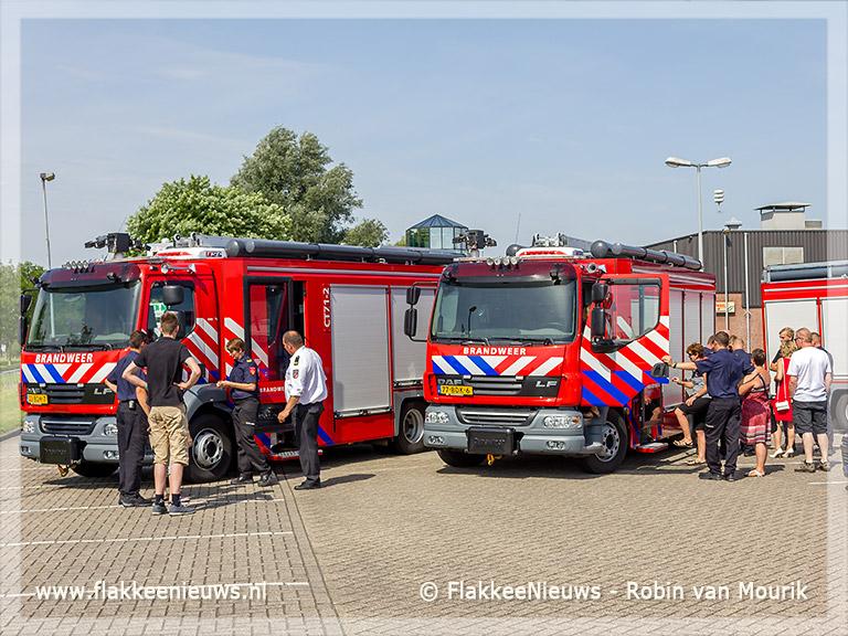 Foto behorende bij Officiële ingebruikname nieuwe generatie tankautospuiten