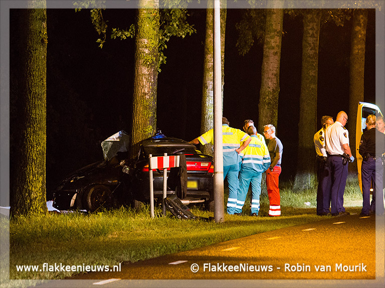 Foto behorende bij Twee dodelijke slachtoffers bij ongeval Middelharnis
