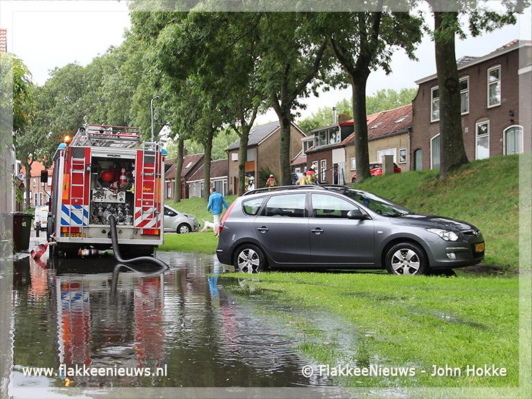 Foto behorende bij Plaatselijke hoosbui in Ooltgensplaat