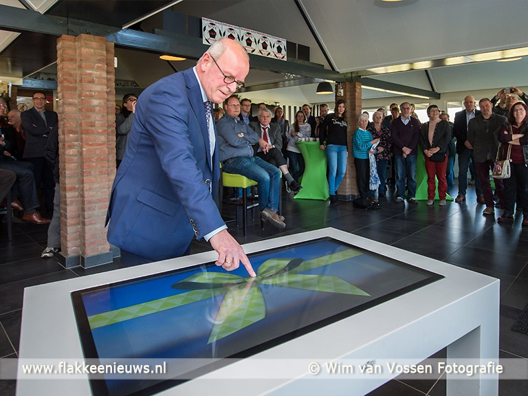 Foto behorende bij Het vernieuwde windpark Battenoert officieel geopend