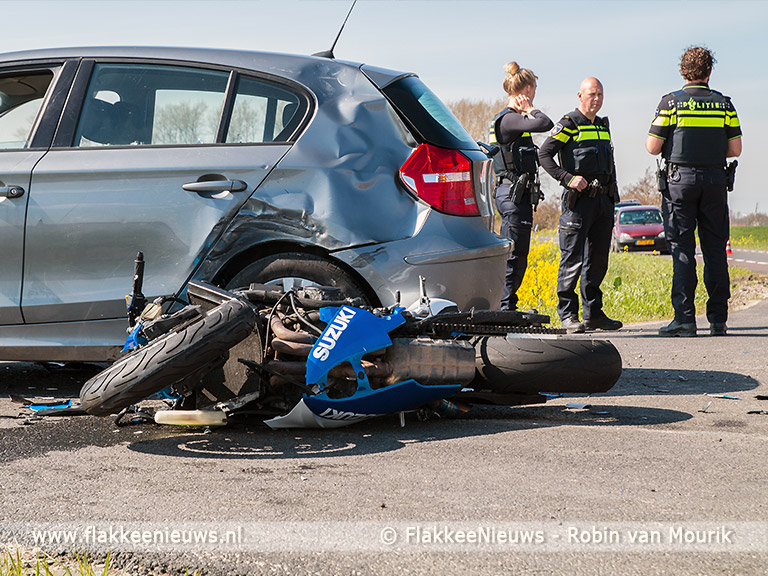 Foto behorende bij Motorrijder gewond bij ongeval nabij Stellendam