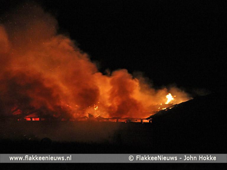 Foto behorende bij Brand verwoest loods in Ooltgensplaat