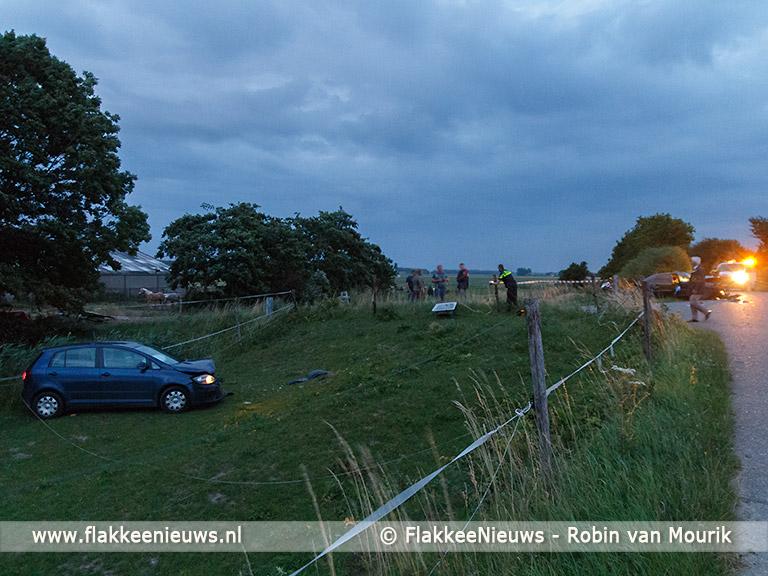 Foto behorende bij Frontale botsing in polder Sommelsdijk