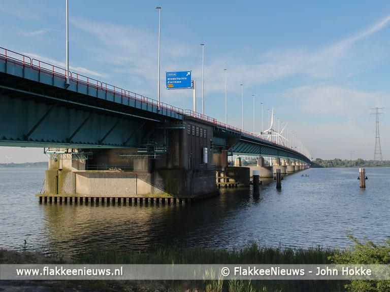 Foto behorende bij Vier weekendafsluitingen Haringvlietbrug (A29)