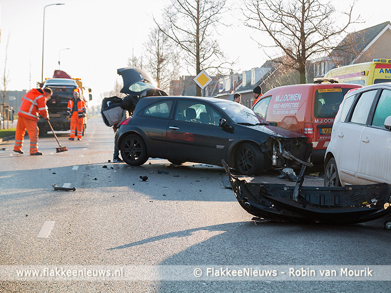 Foto behorende bij Gewonde bij ongeval op Stationsweg Oude-Tonge