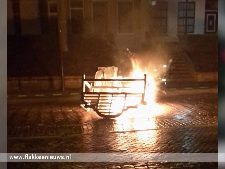 Foto behorende bij Brandstichting en vandalisme in Middelharnis en Dirksland