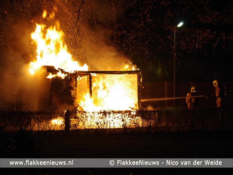 Foto behorende bij Bouwkeet in Middelharnis brandt volledig uit