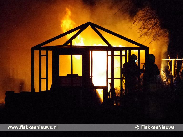 Foto behorende bij Schuurtje in brand bij Sommelsdijk