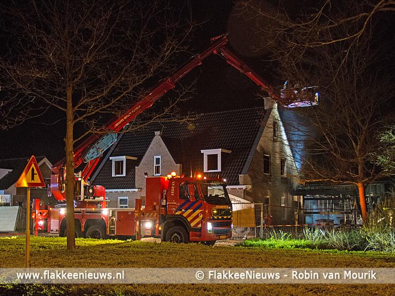 Foto behorende bij Grote brand bij huis in aanbouw