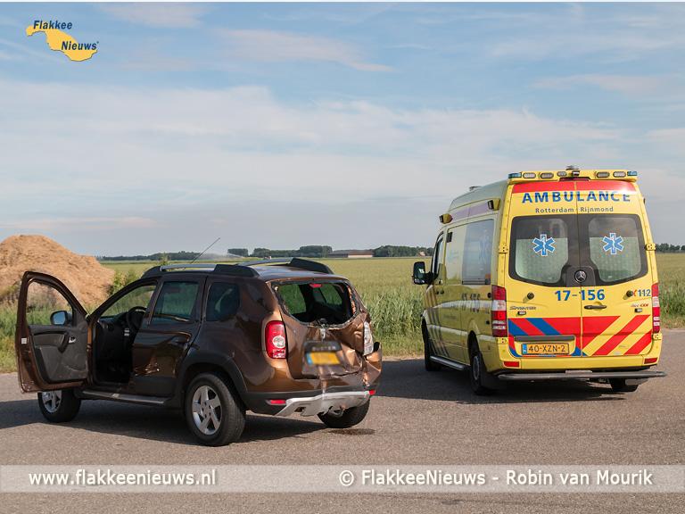 Foto behorende bij Aanrijding tussen touringcar en personenauto