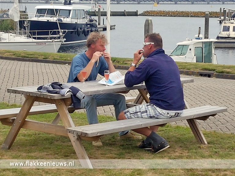 Foto behorende bij Jan-Jaap Struik wint palingrookwedstrijd