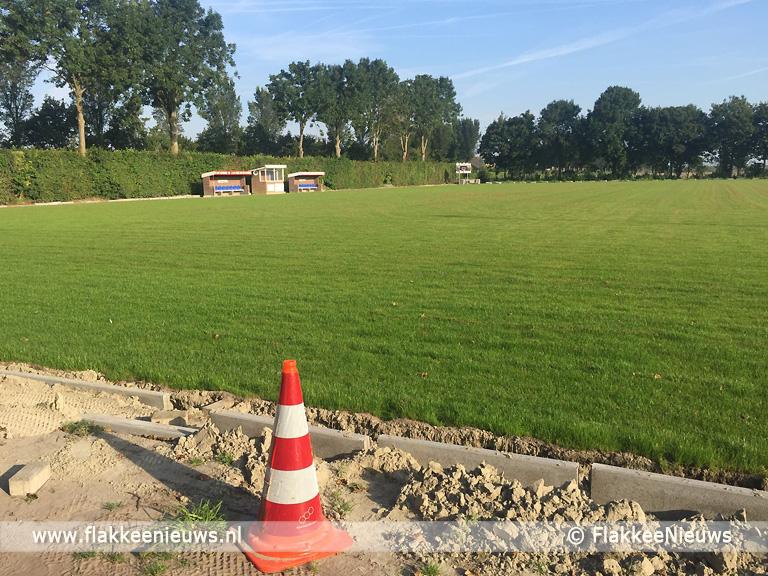 Foto behorende bij Nieuwe voetbalvelden Den Bommel en Oude-Tonge bijna gereed