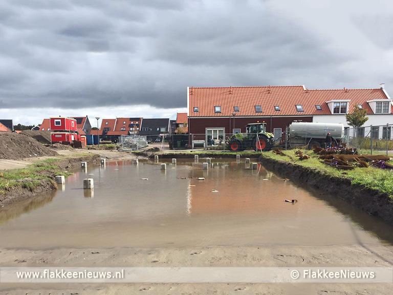 Foto behorende bij Buurt klaagt over schade door heiwerkzaamheden Ouddorp