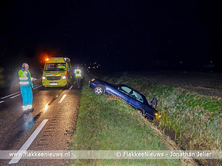 Foto behorende bij Man licht gewond bij ongeval N215