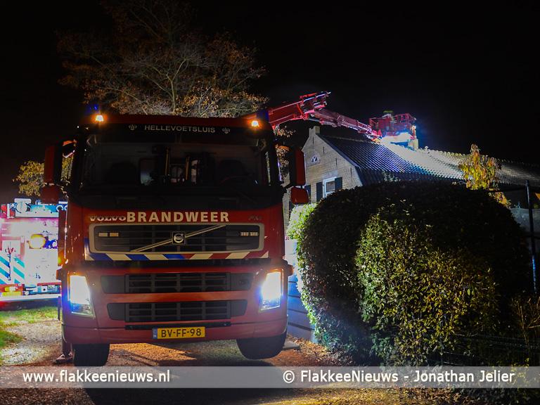Foto behorende bij Brandweer rukt uit voor schoorsteenbrand Dirksland