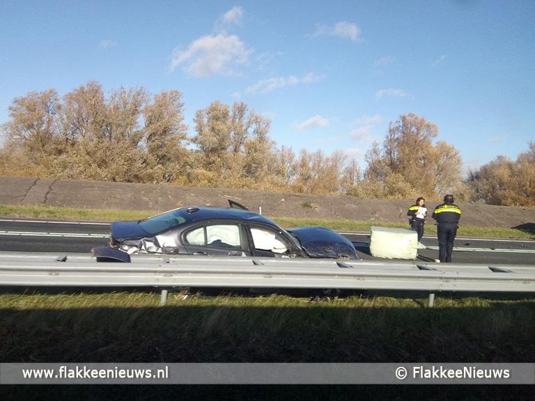 Foto behorende bij Verkeer N59 muurvast door ongeval