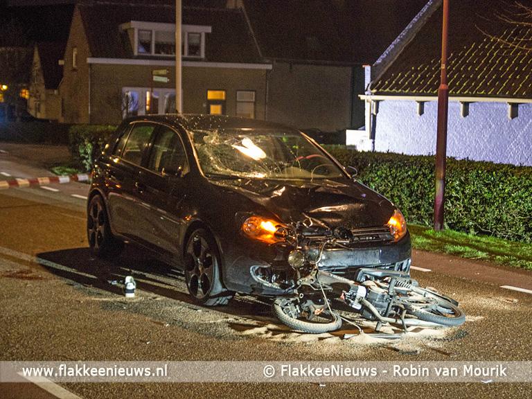 Foto behorende bij Brommerrijder zwaargewond bij ongeval in Ouddorp