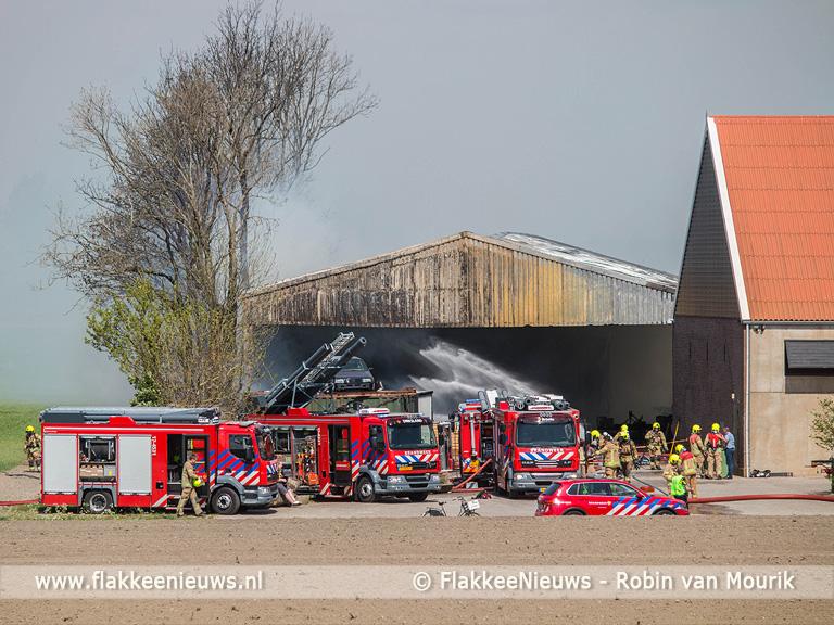 Foto behorende bij Zeer grote brand tussen Herkingen en Nieuwe-Tonge