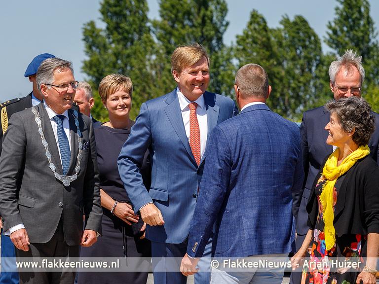 Foto behorende bij Koning Willem-Alexander bezoekt Windpark Krammer