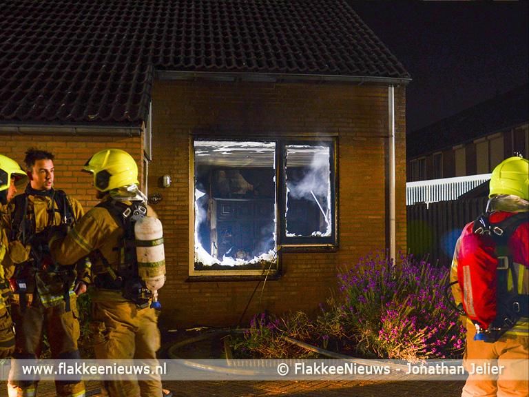 Foto behorende bij Uitslaande brand in woonhuis Oude-Tonge