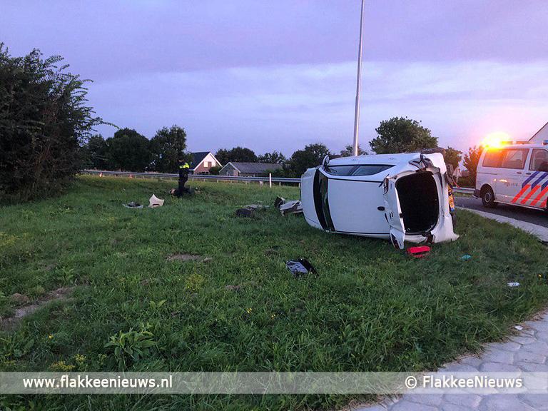 Foto behorende bij Zoekactie naar bestuurder ongeval Magdalenadijk Oude-Tonge