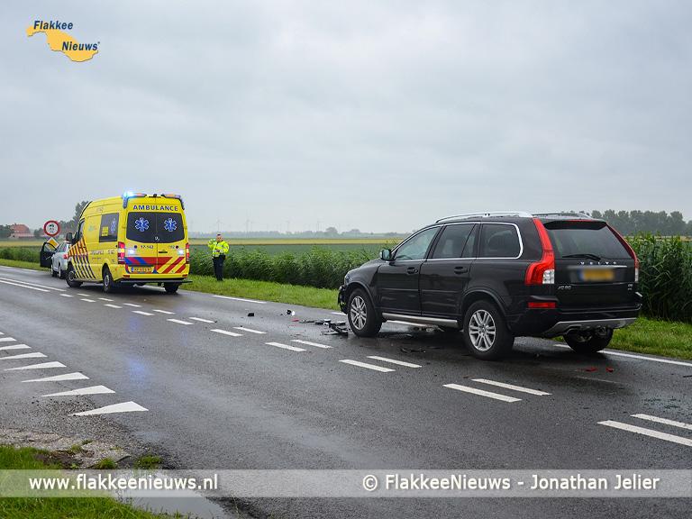 Foto behorende bij Aanrijding met drie voertuigen op N215