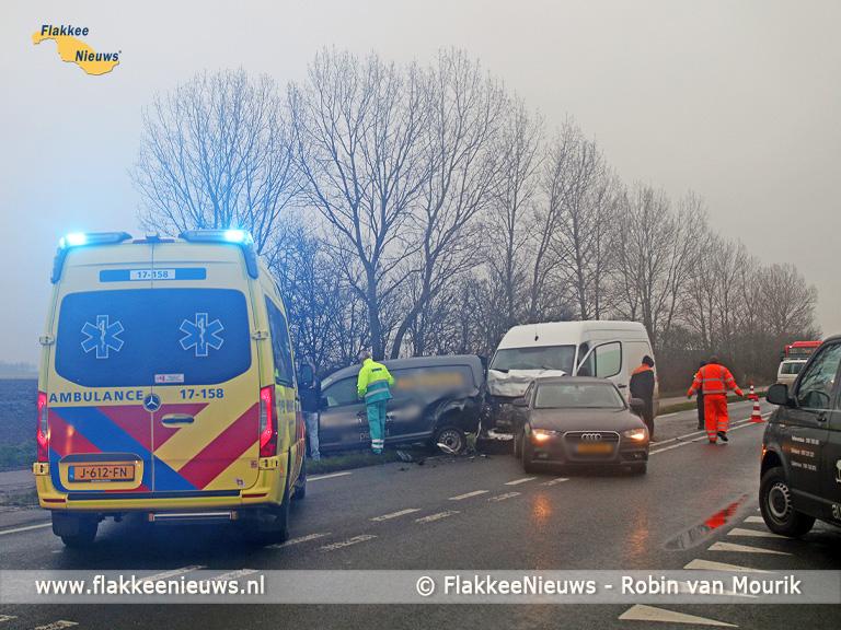 Foto behorende bij Ongeval met drie voertuigen op N215