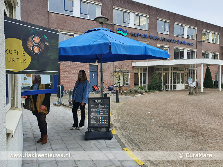 Foto behorende bij KoffieTukTuk en take-away bij ziekenhuis