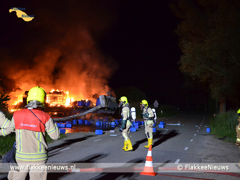 Foto behorende bij Blusrobot ingezet bij drugsafval brand Oude-Tonge