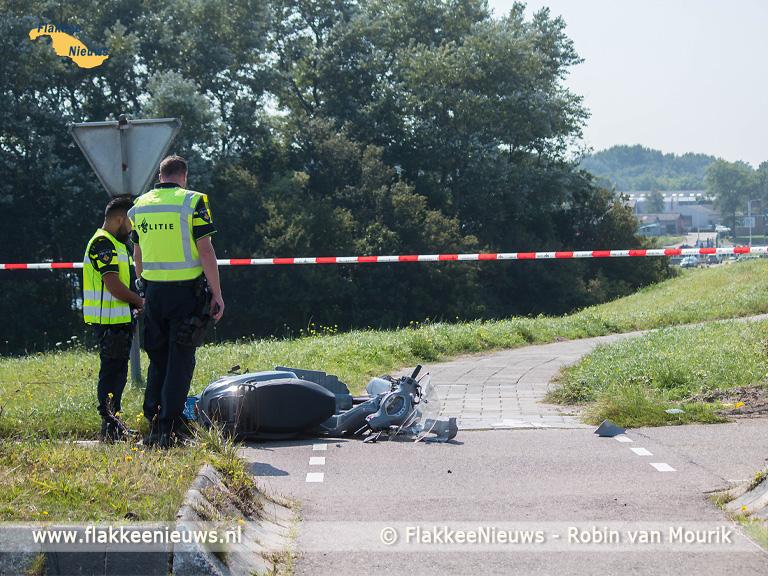 Foto behorende bij Scooterrijder ernstig gewond bij ongeval nabij N57