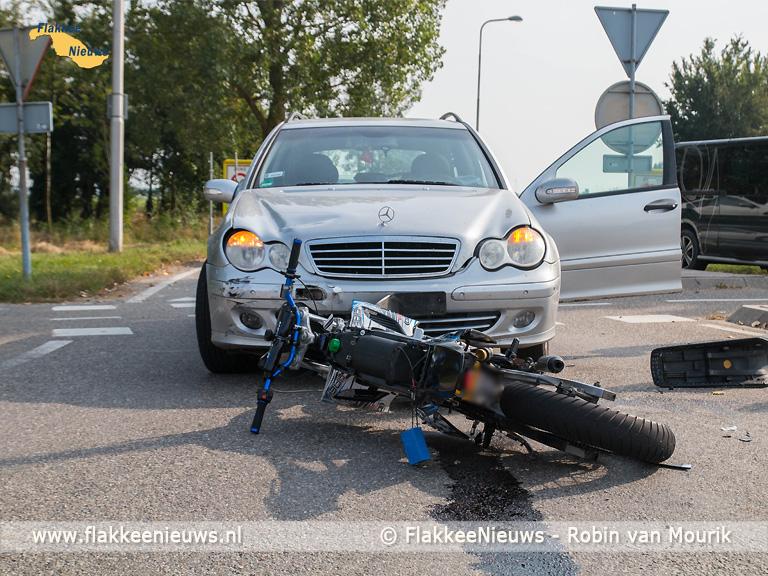 Foto behorende bij Brommerrijder gewond na ongeval in Dirksland