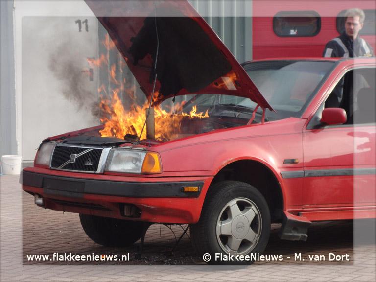 Foto behorende bij Brandweer bezorgt Benno onvergetelijke ochtend