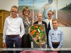 Foto behorende bij Mevrouw De Klerk-Vink ontvangt Koninklijke onderscheiding
